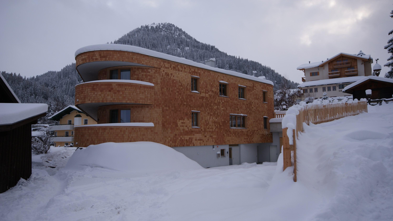 austria_arlberg-ski-area_st-anton_gampen_mountain-lodge-chalets_exterior_dull.jpg